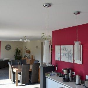 Peinture murs cuisine cuisine colore des ides pour mettre for Deco cuisine levis
